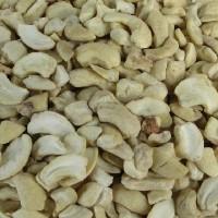 Nuts Cshw Pcs Lg Raw Fncy (1x25LB )